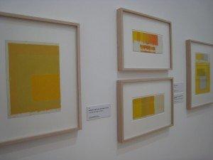 Josef Albersの黄色 dans あーと art IMG_0604-300x225